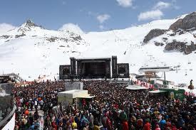 snow concert
